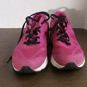 Nike Max hot pink